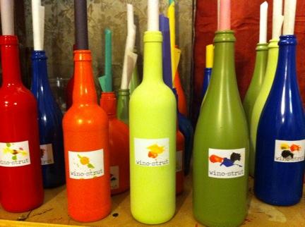 wino-strut Bottles